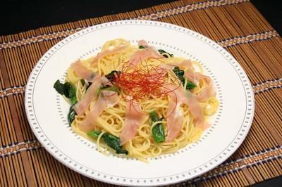 生ハムと菜の花のペペロンチーノ.jpg